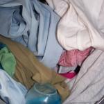 Jak se zbavit skvrn na oblečení
