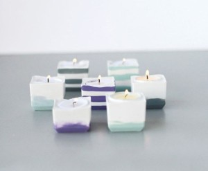 zdroj: http://www.handimania.com/diy/powder-plaster-candle-votives.html