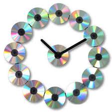nástěnné hodiny z CD