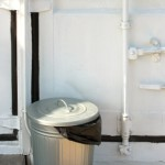 Jak odstranit nepříjemný zápach z odpadkového koše