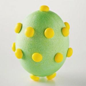 vajíčka zdobená pomocí gumových bombonu