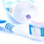 Vyčistí zubní pasta světlomety?